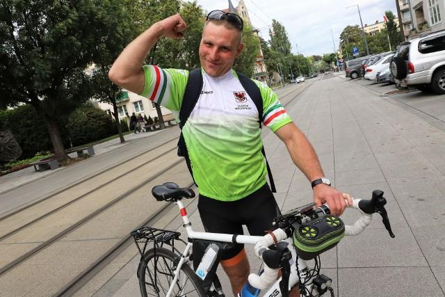 Mariusz Pastuszka objechał rowerem całą Polskę, dojechał też na Gibraltar.
