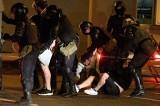 Białoruś. Studenci UW zatrzymani przez milicję w Mińsku. MSZ: Nie zostawimy tych osób bez pomocy