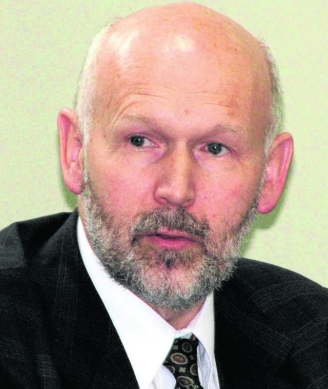 Adam Bilski był kanclerzem PWSZ od jej powstania w 2005 roku do kwietnia 2013