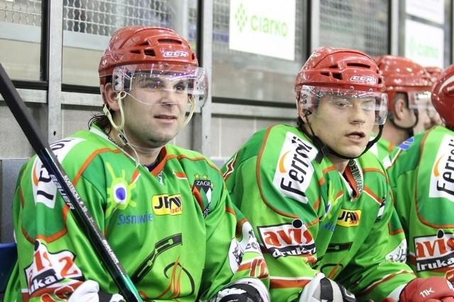 W tej chwili sanocki klub nie może transferować nowych zawodników, więc Tobiasz Bernat (z prawej) czy Robert Kostecki mogą tylko trenować z Ciarko PBS Bankiem Sanok.