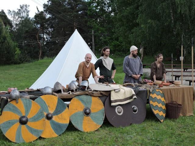 Wioska wojów, czyli Grupy Rekonstrukcji Historycznej Hasdingowie