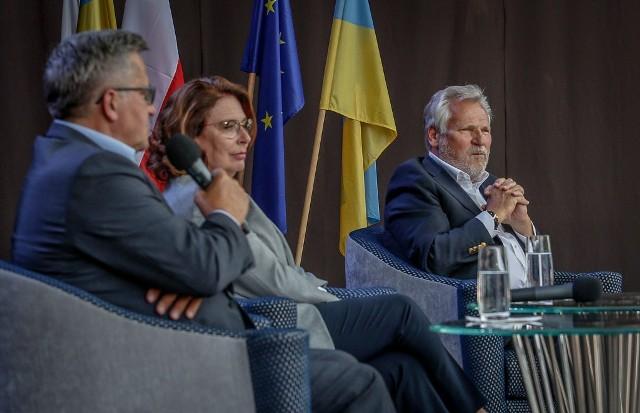 Komorowski, Kwaśniewski oraz Kidawa-Błońska debatowali w Sopocie o roli autorytetów w dzisiejszej Polsce, 5.07.2020
