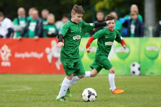Dla młodych piłkarzy udział w Turnieju o Puchar Tymbarku to zawsze niezapomniane przeżycie