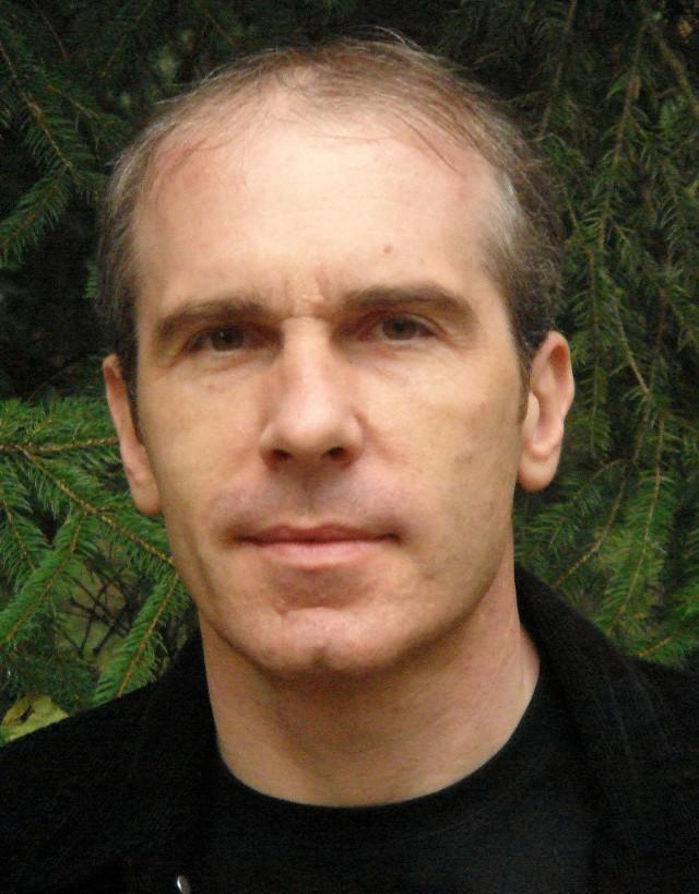 Prof. Witold Wrzesień z Instytutu Socjologii UAM