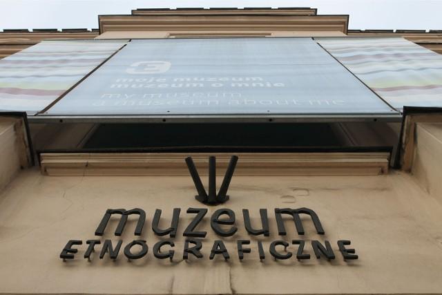 Dotychczas do Muzeum napłynęło kilkadziesiąt rzeczy-opowieści. Są to na razie zdjęcia przedmiotów, które docelowo znajdą się na wystawie w przestrzeni Muzeum.