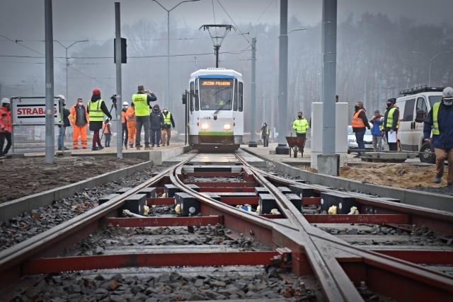 Testy na przebudowywanym węźle Głębokie w Szczecinie