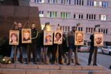 Prokuratura utrzymała decyzję o umorzeniu sprawy narodowców wieszających zdjęcia europosłów na szubienicach w Katowicach