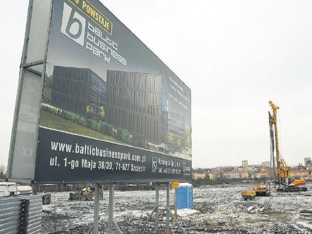 Pierwszy z budynków ma powstać w połowie 2012 roku. Stanie się siedzibą grupy bankowej Unicredit