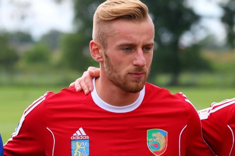 Miedź Legnica ograła Stilon z nowym piłkarzem w składzie