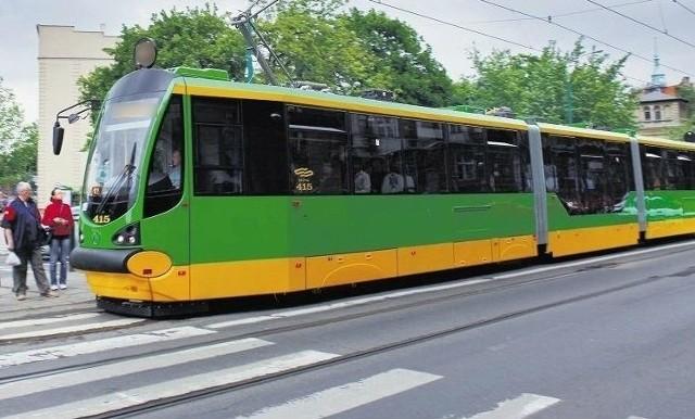 Awaria tramwaju na Głogowskiej, przy dworcu zachodnim w Poznaniu. Ruch był wstrzymany przez 11 minut