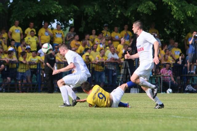Obecnie drużyny Lewartu i Motoru grają odpowiednio w IV i III lidze piłkarskiej