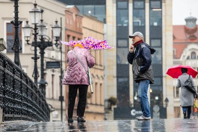 Ostrzeżenie przed silnym wiatrem dotyczy wszystkich powiatów województwa kujawsko-pomorskiego.
