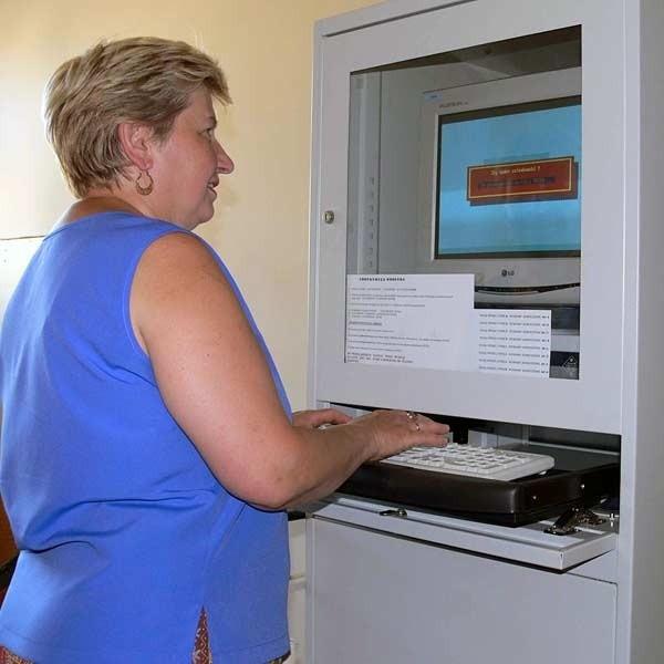 W systemie komputerowym jarosławskiej spółdzielni można sprawdzić stan zadłużenia sąsiada.