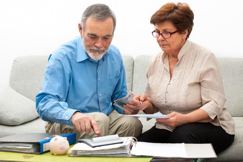 ZUS wypłaci czternastą emeryturę wszystkim uprawnionym z...