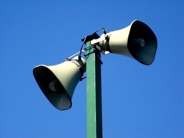 Mieszkańcy miasta każdorazowo, po usłyszeniu sygnału alarmowego, powinni włączyć odbiornik radiowy i telewizyjny