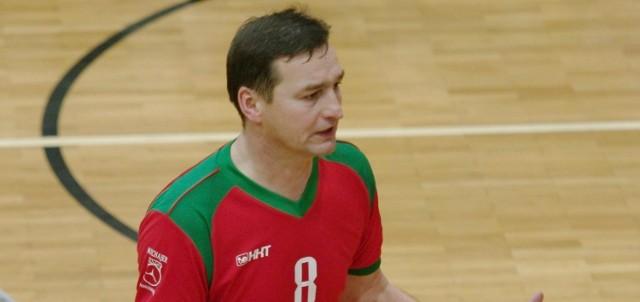 Trener Kłosa Olkusz Roman Socha.
