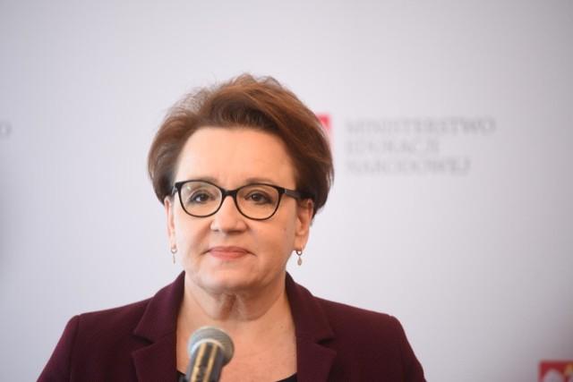Anna Zalewska straciła panowanie nad systemem edukacji