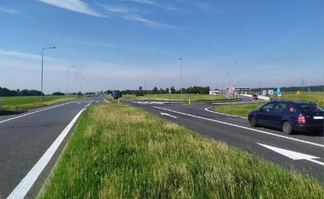 Będzie przebudowa drogi pomiędzy Dąbrówką Górną a zjazdem na Rogów Opolski.