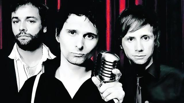 Od lewej: C. Wolstenholme (wokal,bas), M. Bellamy (wokal, gitara), D. Howard (perkusja)