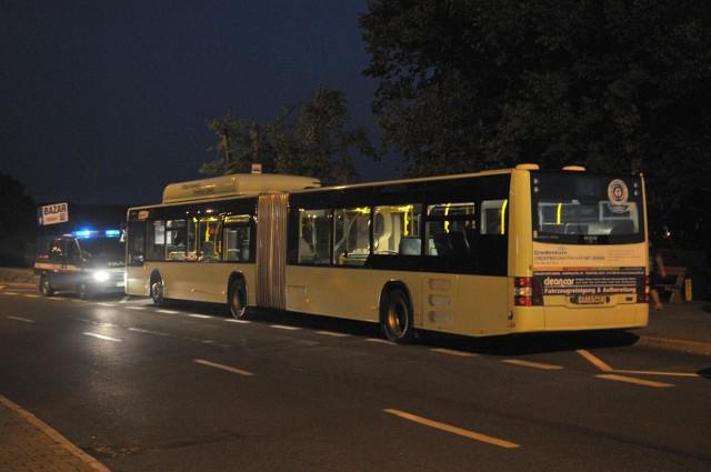 Pasażerowie twierdzili, że w autobusie kursującym między Słubicami, a Frankfurtem nad Odrą, jest może się znajdować ładunek wybuchowy.