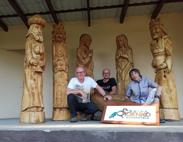 Udany plener w Mochlu. Za rok rzeźbiarze z Pałuk też przyjadą do gminy Sicienko
