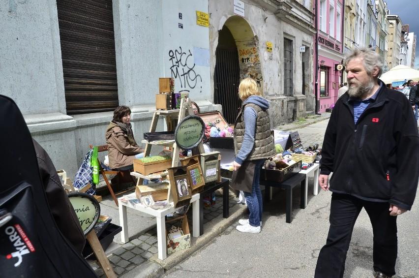 Z okazji święta ulicy Żydowskiej pojawiło się tam mnóstwo straganów.