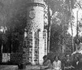"""""""Steine Rühmen"""" na skraju lasu. To był najbardziej tajemniczy pomnik w Kujawsko-Pomorskiem"""