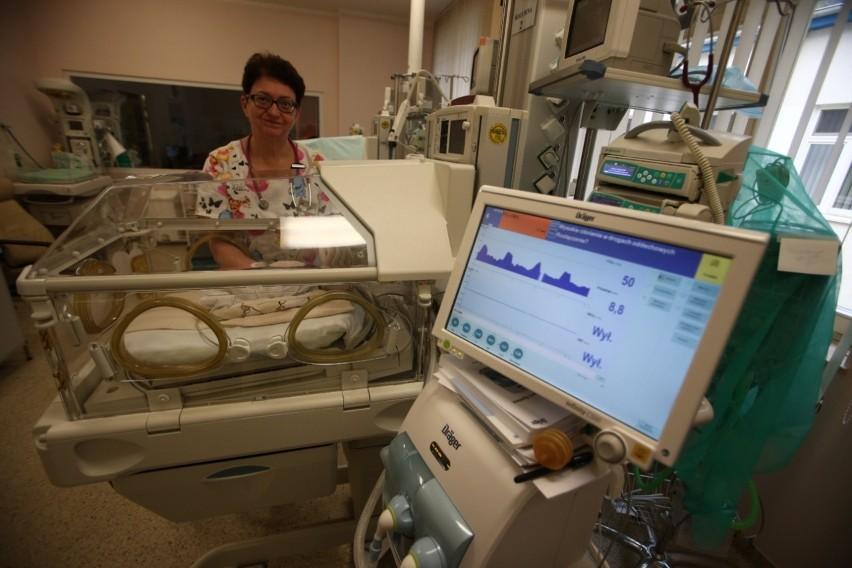 Dziecko prawie przez 40 dni było wentylowane respiratorem, a...