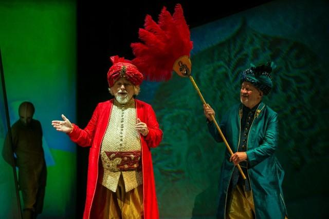 Inscenizacje z udziałem aktorów Groteski będą udostępniane przez Teatr codziennie o godz. 18.