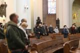 Pusta katedra Chrystusa Króla w Katowicach. Wierni zrezygnowali z niedzielnej mszy