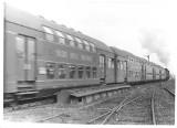 Kolej na Opolszczyźnie. Tak w latach 70., 80. i 90. wyglądały dworce, stacje, pociągi czy parowozy [ZDJĘCIA]