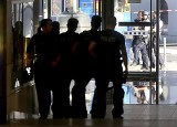 Niemcy: Zakładniczka wzięta przez napastnika na dworcu kolejowym w Kolonii. Policja ewakuowała część obiektu