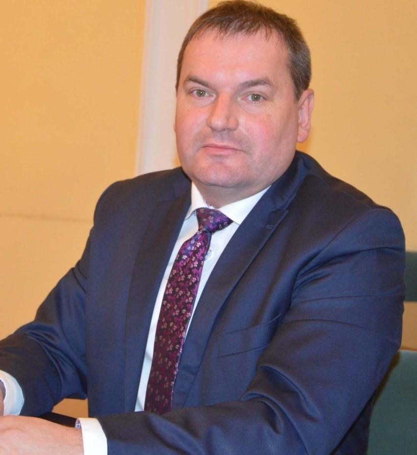 Z naszych informacji wynika, że radny Krzysztof Olko sam planuje podać się do dymisji