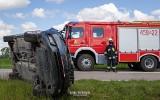 Knyszyn. Zderzenie dwóch samochodów na DW 671. Na czas akcji droga była całkowicie zablokowana (zdjęcia)