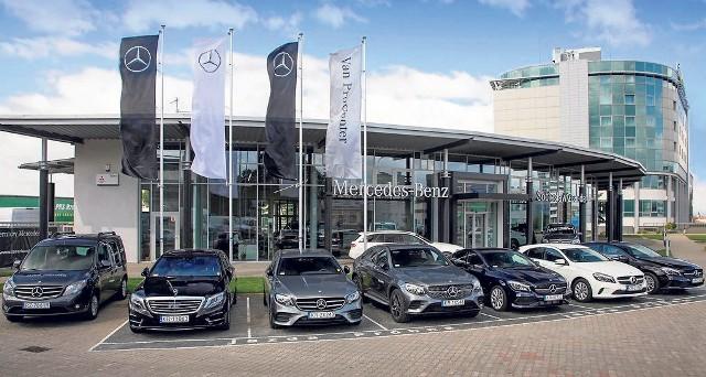 W Rzeszowie Sobiesław Zasada Automotive działa od 1991 r. To pierwszy profesjonalny salon sprzedaży samochodów marki Mercedes-Benz w Polsce południowo-wschodniej