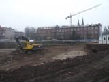 Wrocław: Dawny szpital przy Dyrekcyjnej bez dachu. Co tu powstaje? (ZDJĘCIA)