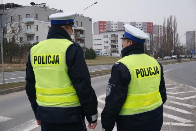 Akcja antyterrorystów w Poznaniu: Policja tłumaczy, co się działo w mieszkaniu na Inflanckiej