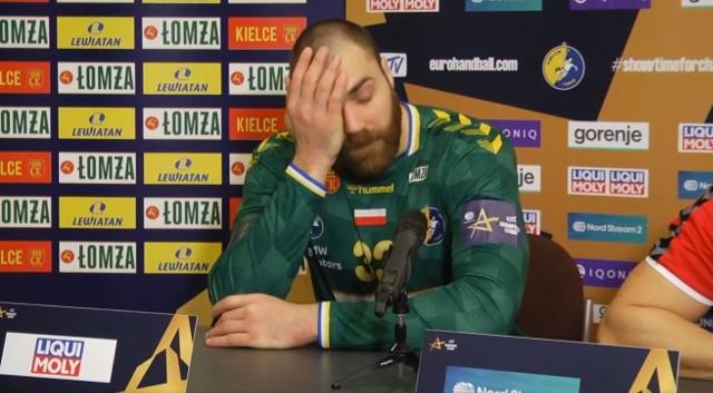 Andreas Wolff podczas konferencji prasowej po meczu z HBC Nantes.