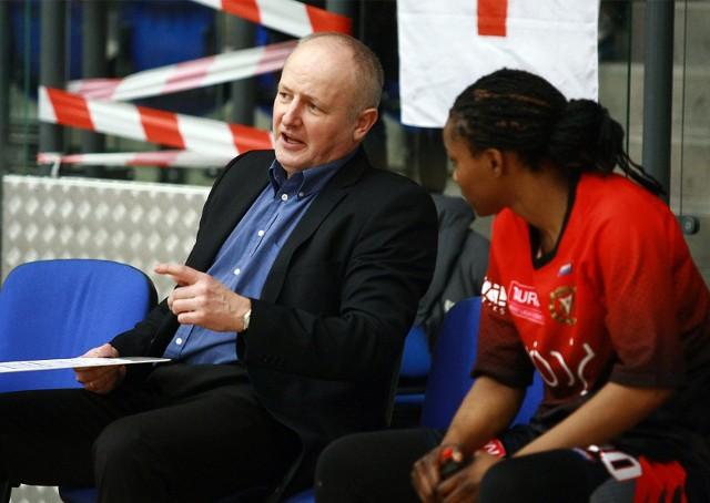 Adam Ziemiński to niezwykle doświadczony trener, który ma za sobą pracę w klubach żeńskiej i męskiej ekstraklasy