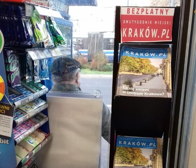 Miejski dwutygodnik Kraków.pl w salonach Kolportera ma swoje specjalne, oddzielne miejsce