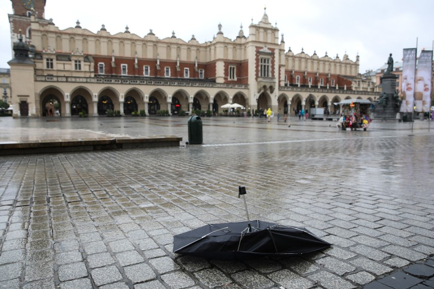 Kraków w czerwonej strefie