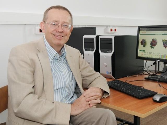 Będzie prowadził badania w powstającym Interdyscyplinarnym Centrum Nowoczesnych Technologii UMK. Jest szefem jednego z czterech projektów.