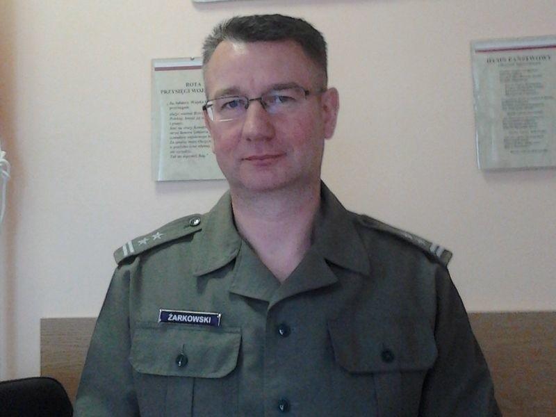 – Wojsko woli wykształconych – mówi ppłk. Żarkowski.