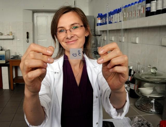 – Nagroda pieniężna poprawiła mój status finansowy i pozwala kontynuować prace w dziedzinie technologii chemiczno-organicznych.
