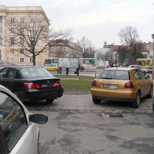 Planowana ulica będzie jednokierunkowa, ale to i tak znacznie ułatwi ruch w centrum miasta.