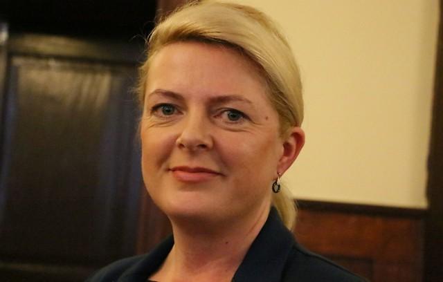 Autorką pomysłu jest radna Elżbieta Jarmolińska.
