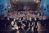 Nowi idole nastolatek 4Dreamers wystąpili w lublinieckim MDK. Szał, który wywołał zespół, uwiecznił Daniel Dmitriew ZDJĘCIA