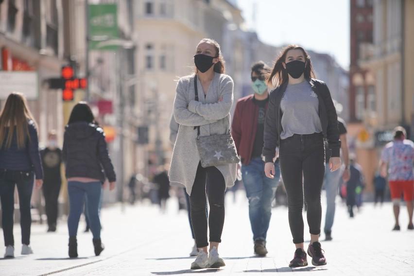 Okres kilku dni po świętach Wielkiej Nocy przyniósł w Polsce wzrosty zachorowań.