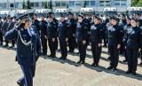 Zarobki w policji 2021. Ile może zarobić funkcjonariusz policji? Pensja policyjna wynosi nawet 16 tys. złotych netto!