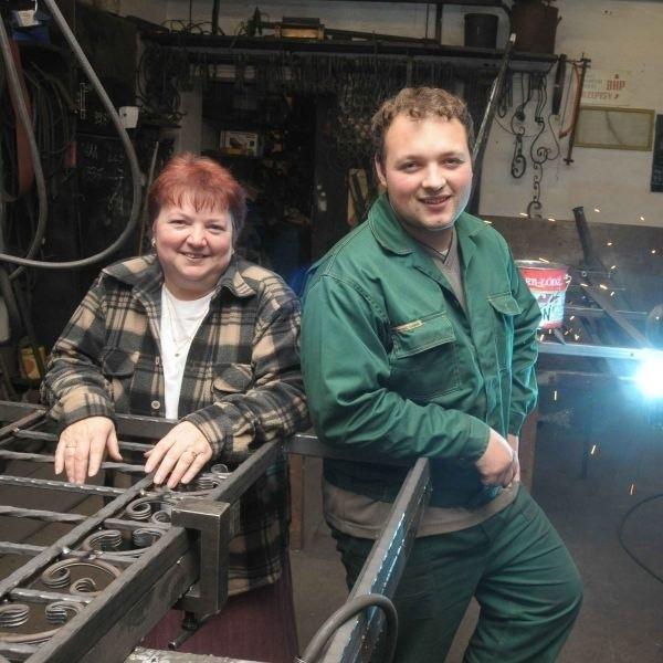 - Dawid dorastał wraz z firmą - mówi Krystyna Szendzielorz. - Nic więc dziwnego, że zaczął w niej pracować.